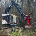 Roybon Parc forestier des Chambarans (Isere) Des opposants au projet de Center Parcs tentent de ralentir l'avancé des travaux en s'opposant pacifiquement aux ouvriers du chantier.